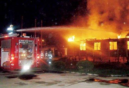 实验室起火价值千万元探测仪被烧毁