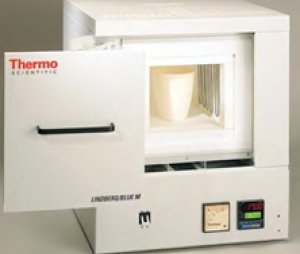 Thermo Scientific Lindberg/Blue M 1700°C大型箱式炉,带一体控制器(Thermo Scientific LBM 1700°C box furnace, integal control)